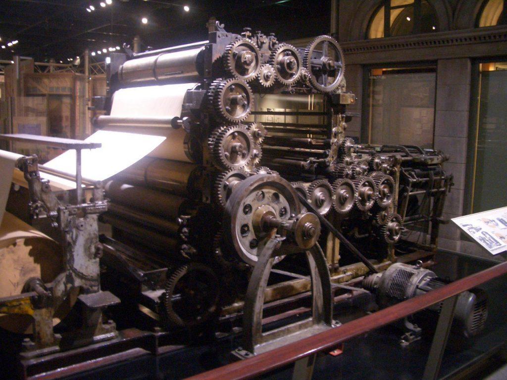 初期の新聞輪転機