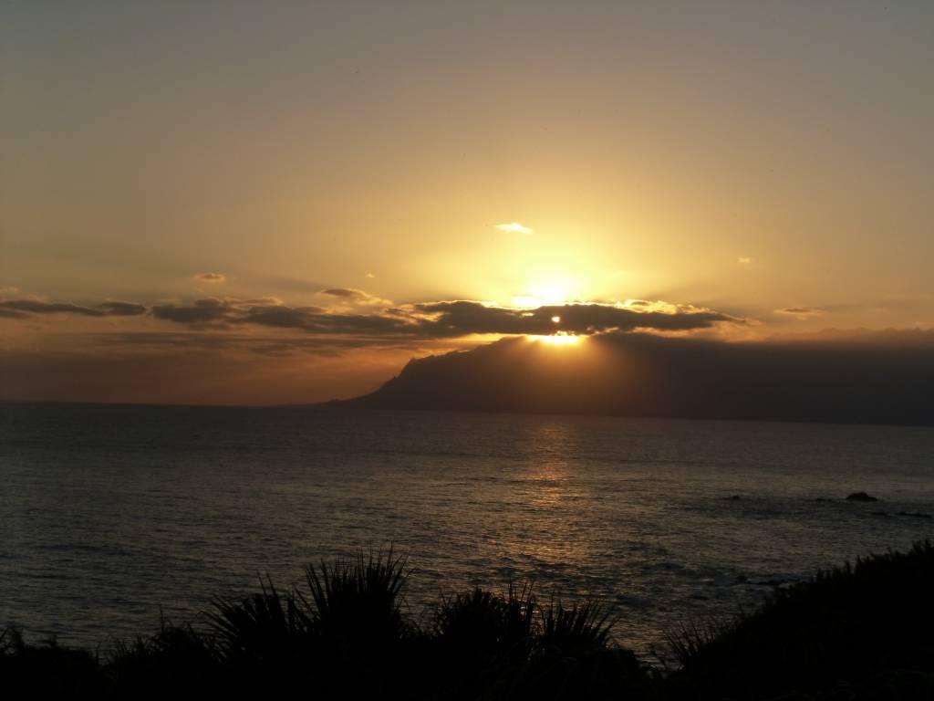 屋久島に沈む夕日