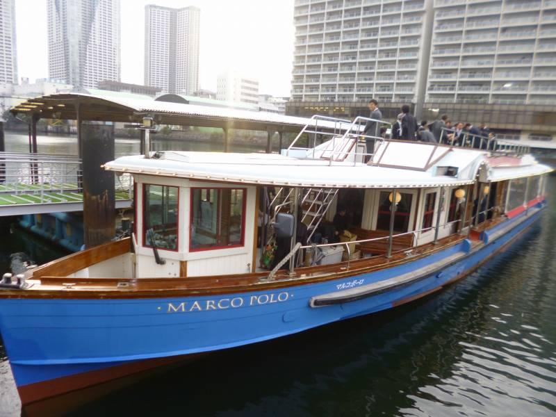 最大100名以上が乗船できる『マルコポーロ号』